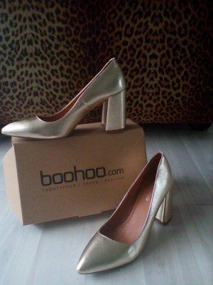 Goldene heels von boohoo