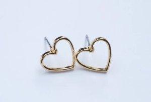 goldene Herz Ohrringe mit Stecker. NEU!