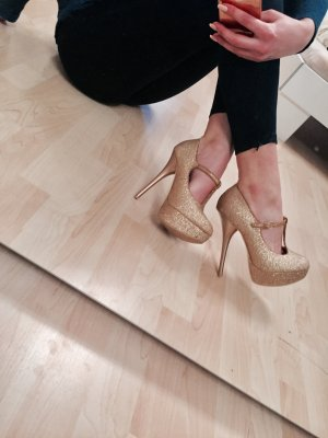 Goldene High Heels !