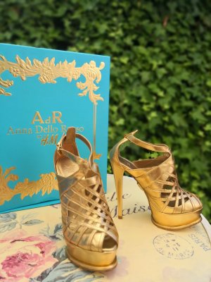 Anna Dello Russo for H&M High Heels gold-colored