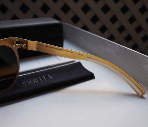 Goldene metallic Sonnenbrille von MYKITAxAlexandreHercovith