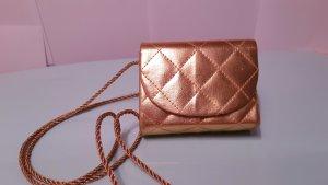 goldene Mini Handtasche, Estée Lauder