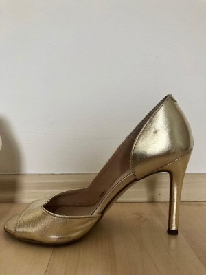 Office Strapped pumps gold-colored