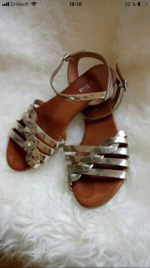 Strapped Sandals gold-colored