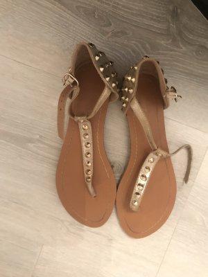 Sandale d'extérieur doré