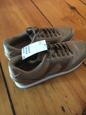 Goldene Sneaker, neu!
