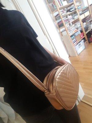 goldene süße Tasche