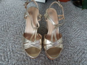 Laura biagiotti Wedge Sandals gold-colored leather