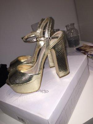 Goldener Schuh in top zustand