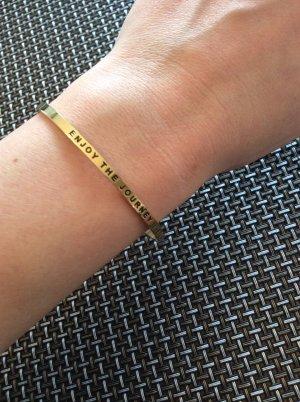 Goldenes Armband von Asanayoga