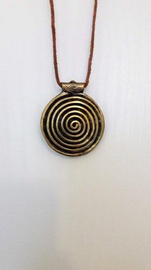 goldenes Medallion, Spirale, Antik