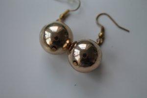 Goldfarbende Perlen Ohrringe