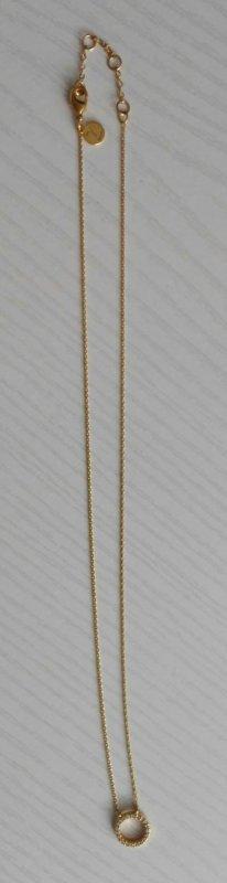 goldfarbene Kette mit Zirkoniasteinen