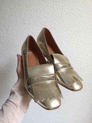 Goldfarbener Schuh von H&M