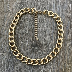 goldfarbenes Collier