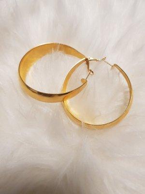 Goldfarbige Ohrhänger