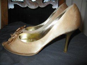goldfarbige Schuhe aus Seidensatin, 37, Made in Italy