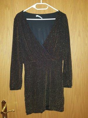 Goldglitzerndes Kleid