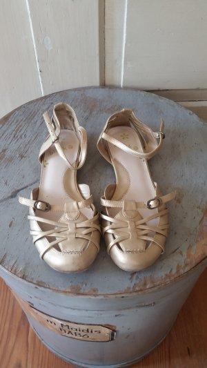 goldige Riemchen-Sandalen