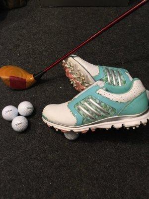 Golfschuhe von Adidas