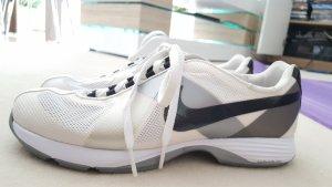 Golfschuhe von Nike weiß/grau/beige