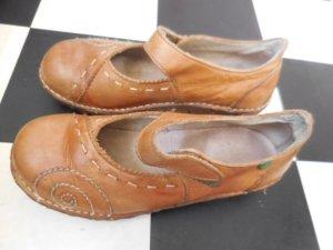 Gr. 36 El Naturalista Halbschuhe gepflgter Zustand, das Leder hat seinen natürlichen Look, kein Hochglanz oder so.... öko Schuhe mit Naturgummi Sohle PS.auch die anderen in Gr. 36 auf Bild 5 sind eingestellt!