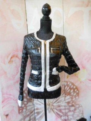 Gr. 36 kurze schwarz weisse (ecru) Jacke guter bis  sehr guter Zustand  PS. Noch mehr tolle Teile sind schon eingestellt!