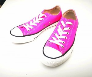 Gr. 37 neon pink Converse Low Chucks All Star