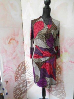 Gr. 40/42 Kleid in Wickeloptik dehnbar, figurbetont ein Traum mein Lieblingskleid sehr guter Zustand