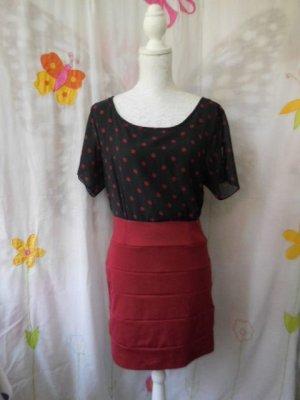 Ann Christine Vestido de manga corta negro-rojo oscuro