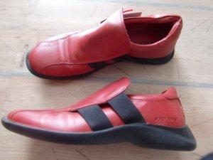 Gr. 40 Kickers rot mit schwarz, flach, bequem, gepflegter Zustand Leder (Innensohle 26cm)