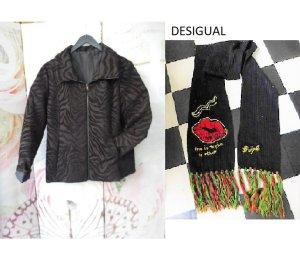 Gr. 42 neuwertige DESIGUAL Jacke schwarz dunkelgrau braun  s. Bild 4 ohne Schal neuwertig weil: (spanische?) Gr. 46, bei einer guten 44 ist sie noch zu knapp also passt sie bei einer 42, das 2. Bild ist aufgehellt damit man das Muster besser erkennt.  Neu