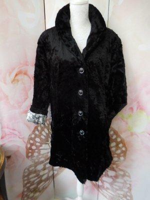 Gr. 44/46 ÜBERGANG Judith Williams Kunstfell Jacke mit schönem Futter gepflegter Zustand recht leicht,  weich, soll eine 48 sein aber das kann nicht sein hoher Neupreis