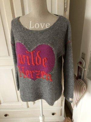 Grace Pullover Wilde Herzen ♥️ Top Zustand 199€