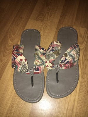 Graceland Flipflops Sandalen British London 40