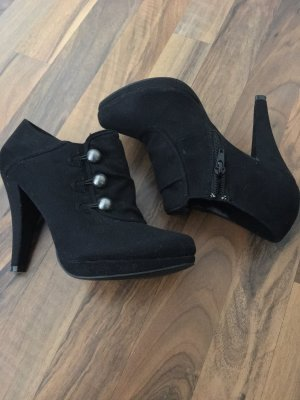 Graceland Platform Booties black