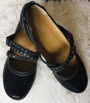 Graceland Strapped pumps black