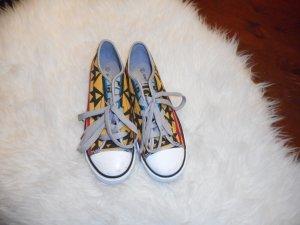 Graceland Sneaker!!!