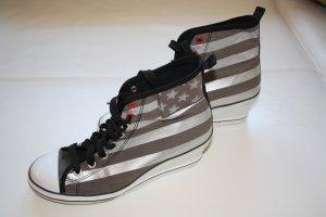 Graceland Stoffschuhe m. Keilabsatz / Gr. 41 / Schuhe / Schnürsneaker / Sneaker / Keilabsatz / silber-schwarz-weiss-braun