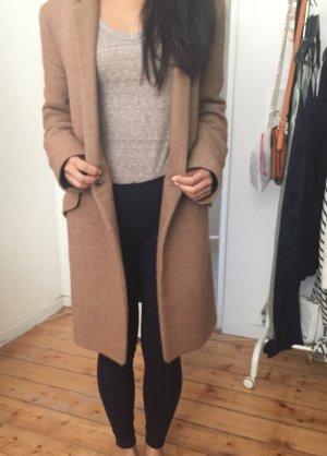 Gradlinig-geschnittener lässiger brauner Mantel perfekt für Herbst/Winter