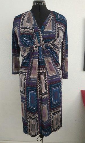 grafisches Kleid mit Raffung