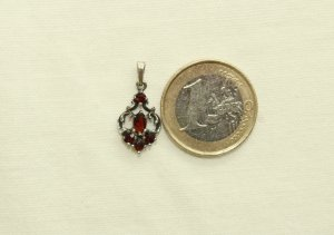 Pendant silver-colored-dark red real silver