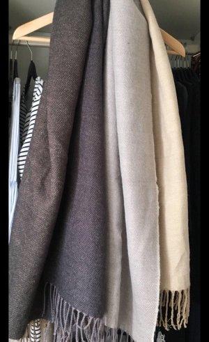 Grau beiger Schal von H&M