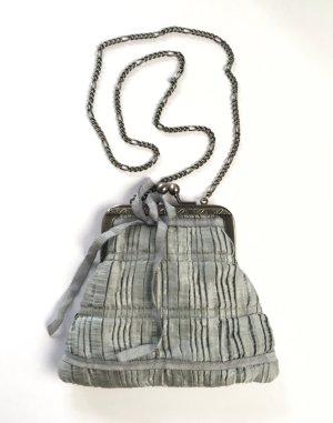Grau-blaue Mini-Abendtasche