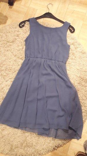 grau/blaues Kleid