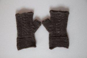 Grau/Braune Strickhandschuhe von Sisley