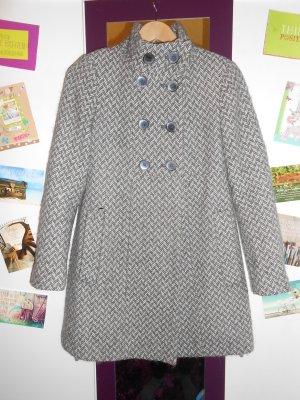 Grau gemusterter Mantel von Zara