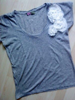 """grau gringeltes Shirt mit Blüten Größe M """"Hanami"""""""