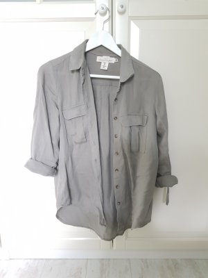 grau grünes locker sitzendes Hemd mit umkrempelbare ärmel