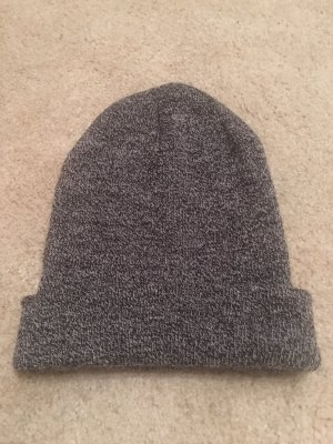 H&M Chapeau en tissu gris